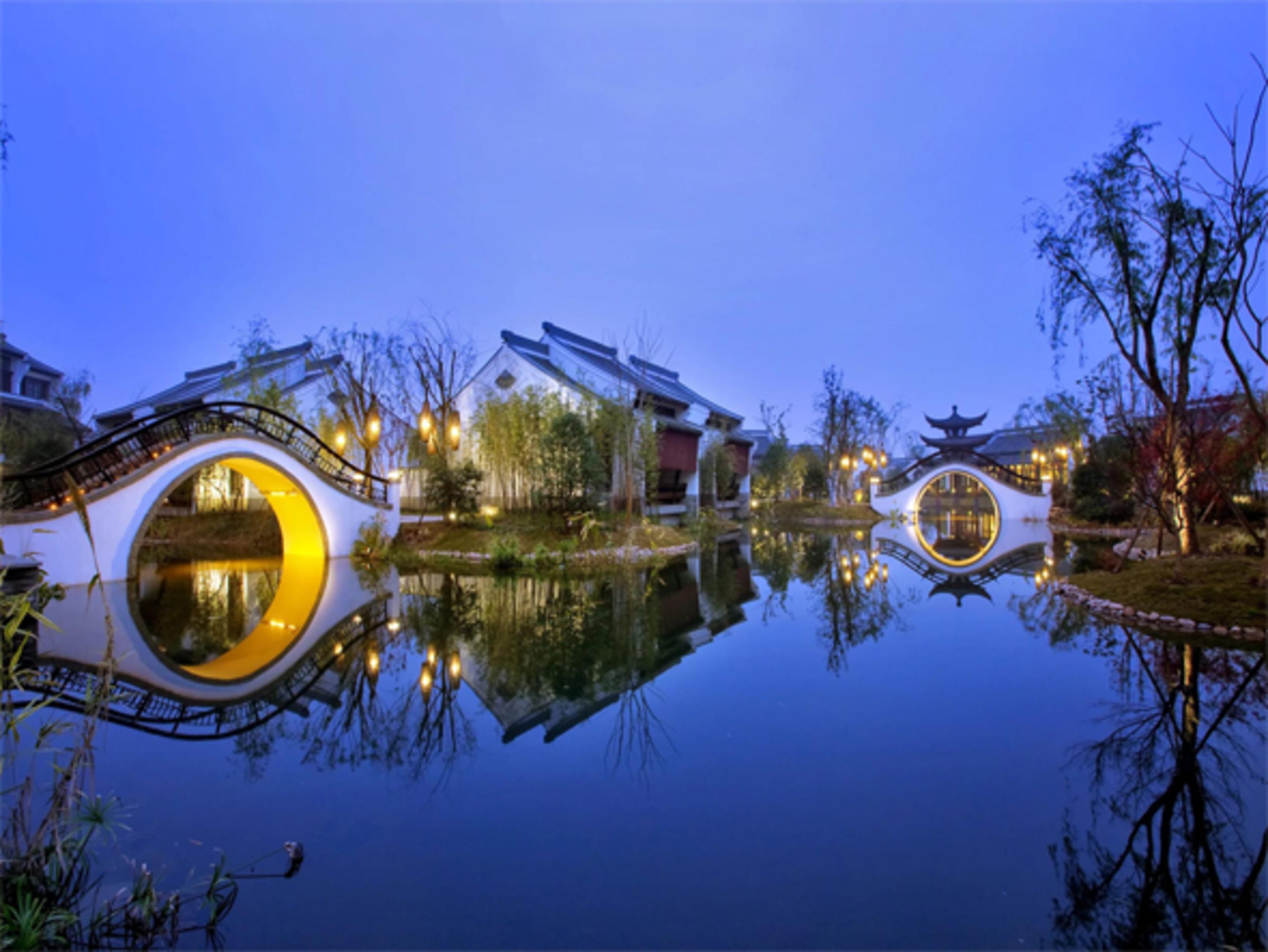 เที่ยวเต็มครบ 3 เมืองดัง  เซี่ยงไฮ้ - หังโจว - อู๋ซี  ร้าน STARBUCKS RESERVE ROASTERY  ใหญ่และสวยที่สุดในโลก 5วัน 3คืน