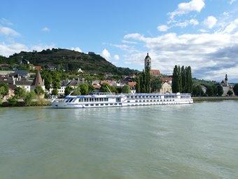 ทัวร์ยุโรปตะวันออก ฮังการี ออสเตรีย เชก มนต์รักแม่น้ำดานูบ