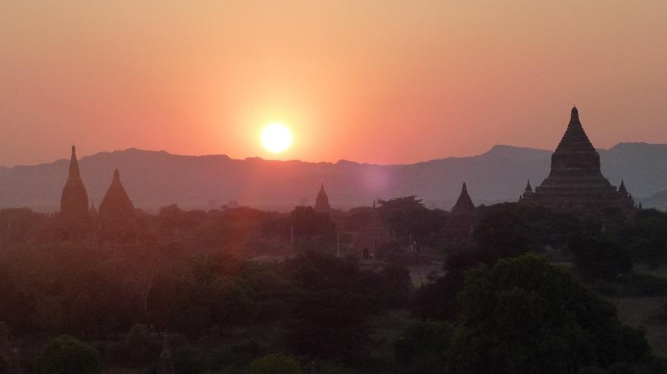 ทัวร์พม่า (RGN-PM03-FD) PRAY MYANMAR 1 DAYS BY FD MAY-SEP 19 PRICE 3499 THB