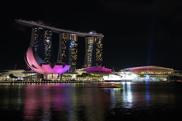 4 วัน 3 คืน ซื้อ 1 แถม 1 ล่องเรือสำราญสุดหรูเส้นทางสิงคโปร์ - ปีนัง - ลังกาวี - สิงคโปร์